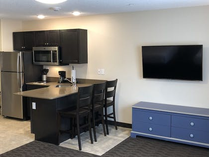 Living Area | Independence Stay