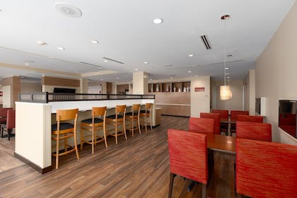 Breakfast Area   TownePlace Suites by Marriott Owensboro