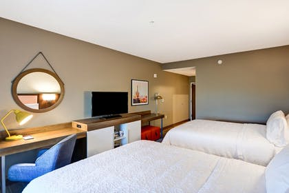 Guestroom | Hampton Inn & Suites Tucson Tech Park