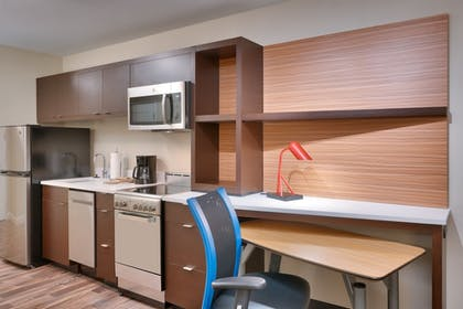 Private Kitchen | TownePlace Suites by Marriott Salt Lake City Draper