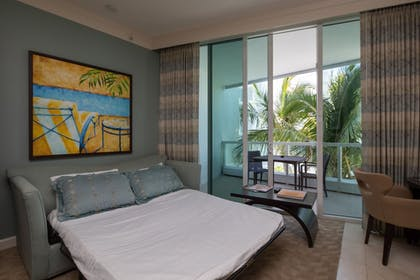 Extra Beds   Fontainebleau Miami Beach Private Suites