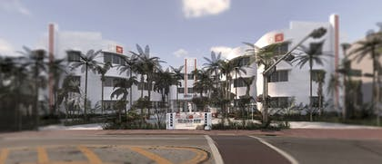 Property Entrance | AxelBeach Miami South Beach – Adults Only