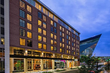 Featured Image | Moxy Minneapolis Downtown