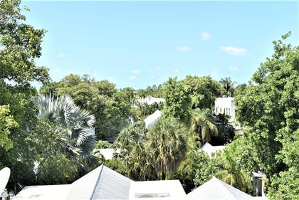 Balcony View | Simonton Court Historic Inn & Guesthouse