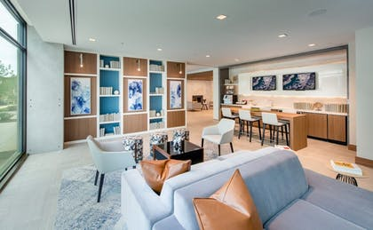 Business Center | Global Luxury Suites Capitol Hill/Navy Yard