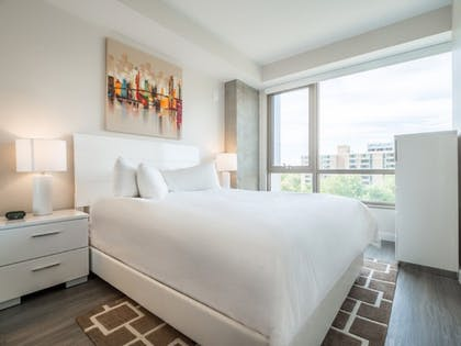 Room | Global Luxury Suites Capitol Hill/Navy Yard