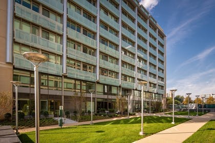 Front of Property | Global Luxury Suites Capitol Hill/Navy Yard