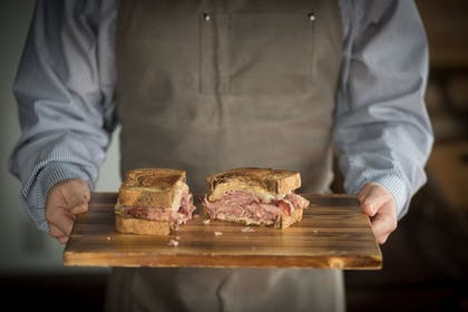 Food and Drink | The Hackett Hotel