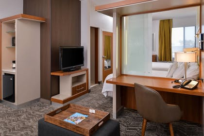 Guestroom | SpringHill Suites by Marriott Irvine