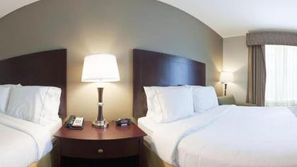 Guestroom   Holiday Inn Express Hotel & Suites Galliano