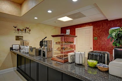 Buffet | Magnolia Inn and Suites Olive Branch