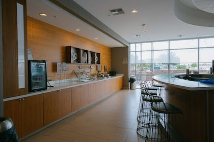 Breakfast Area | SpringHill Suites by Marriott San Angelo