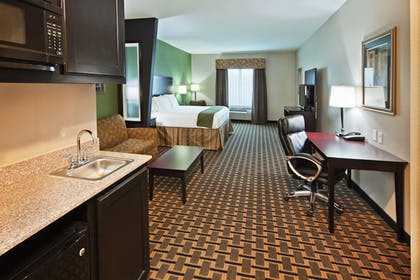Guestroom | Holiday Inn Express Hotel & Suites JACKSONVILLE