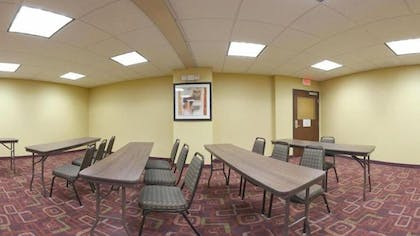 Meeting Facility   Holiday Inn Express Hotel & Suites AMITE