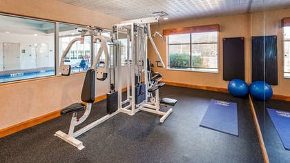 Fitness Facility | Best Western Rose City Conference Center Inn