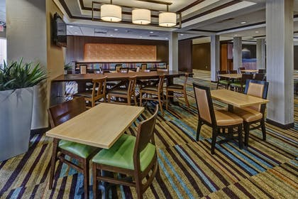 Restaurant | Fairfield Inn & Suites Oklahoma City Airport