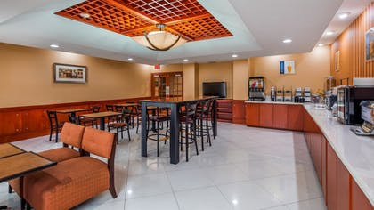 Restaurant | Best Western Plus Flowood Inn & Suites