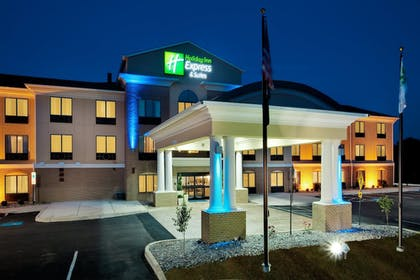 Featured Image | Holiday Inn Express Hotel & Suites Limerick - Pottstown