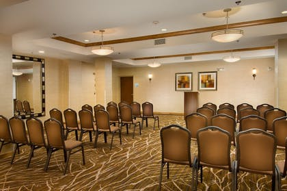 Meeting Facility | Holiday Inn Express & Suites Alexandria - Fort Belvoir
