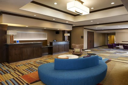 Lobby | Fairfield Inn & Suites Houston Intercontinental Airport