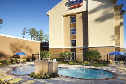 Outdoor Pool | Fairfield Inn & Suites Houston Intercontinental Airport