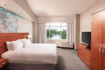Guestroom | Courtyard by Marriott Greenville Downtown