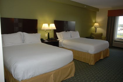 Room | Holiday Inn Express & Suites Covington