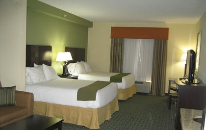 Guestroom | Holiday Inn Express & Suites Covington