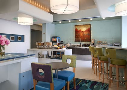 Breakfast Area | SpringHill Suites by Marriott Ewing Princeton South