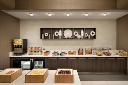 Restaurant | SpringHill Suites by Marriott Ewing Princeton South