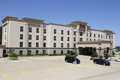 Front of Property | Hampton Inn & Suites McAlester
