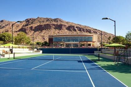 Tennis Court | The Canyon Suites at The Phoenician, Luxury Collection
