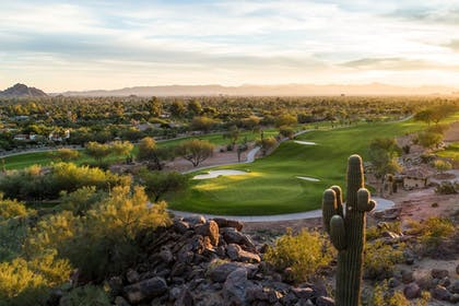 Golf | The Canyon Suites at The Phoenician, Luxury Collection