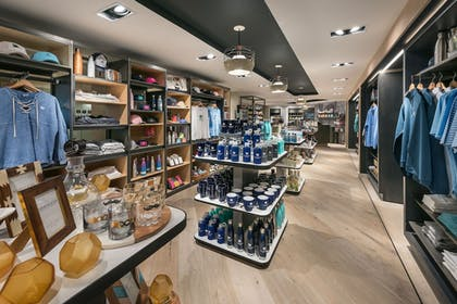 Gift Shop | The Canyon Suites at The Phoenician, Luxury Collection
