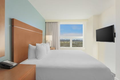 Guestroom | HYATT house Denver Airport