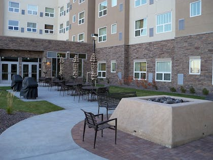 Courtyard | HYATT house Denver Airport