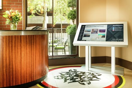 Concierge Desk | Staypineapple, The Maxwell Hotel, Seattle Center Seattle