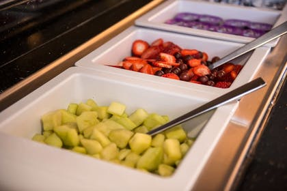 Breakfast buffet | Residence Inn by Marriott Pittsburgh North Shore