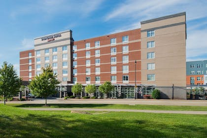 Hotel Front | SpringHill Suites by Marriott Pittsburgh Southside Works