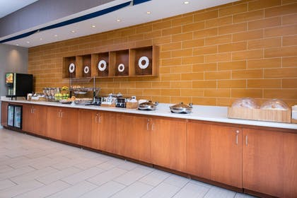 Restaurant   SpringHill Suites by Marriott Pittsburgh Southside Works