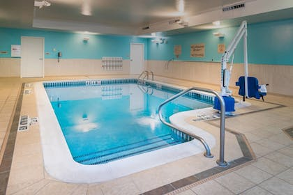 Pool | SpringHill Suites by Marriott Pittsburgh Southside Works
