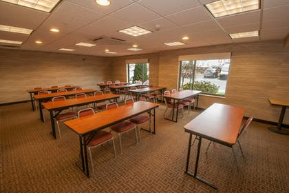 Meeting Facility | TownePlace Suites by Marriott Scranton