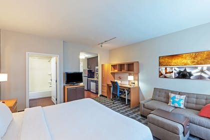 Guestroom | TownePlace Suites by Marriott North Owasso