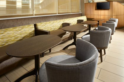 Restaurant | SpringHill Suites by Marriott Pittsburgh Bakery Square