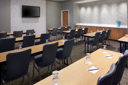 Meeting Facility | SpringHill Suites by Marriott Pittsburgh Bakery Square