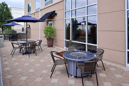 Terrace/Patio | Fairfield Inn & Suites by Marriott Pelham