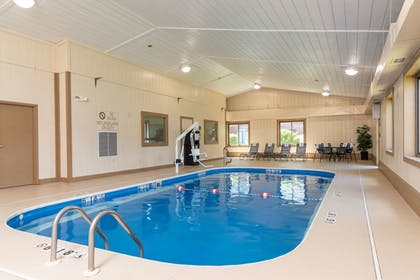Indoor Pool | Best Western Dutch Valley Inn
