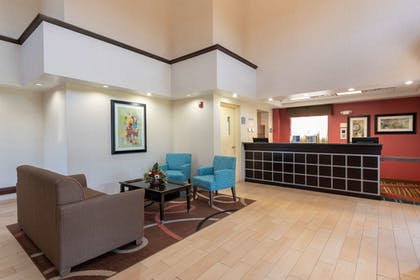 Lobby | Best Western Dutch Valley Inn