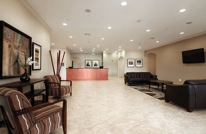 Lobby Sitting Area | Ramada by Wyndham College Station