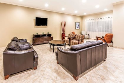 Lobby | Ramada by Wyndham College Station